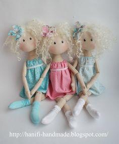 Hanifi handmade: кукла easy dress for dolls Pretty Dolls, Cute Dolls, Beautiful Dolls, Doll Crafts, Diy Doll, Fabric Dolls, Paper Dolls, Doll Toys, Baby Dolls