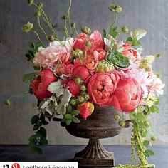 Peonies are one of the best flowers, incredible bloom and bright colors. What is your favorite flower? Peony Arrangement, Faux Flower Arrangements, Beautiful Flower Arrangements, Flower Vases, Flower Bouquets, Cactus Flower, Faux Flowers, Silk Flowers, Altar Flowers