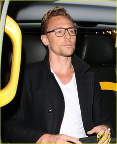 NO!!!!~~~Tom Hiddleston & Elizabeth Olsen Step Out on Date Night!~~~ But...but...NO!!! MY FANGIRL HEART IS DYING!!!