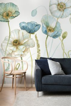 Explore romantic, gorgeous wallpaper motifs by the Canadian artist Lisa Audit. #wallpaper #floral #watercolour #homedecor #wallart #home #style