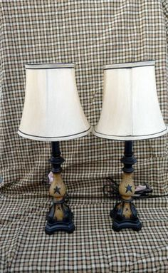 Stupendous Useful Tips: Lamp Shades Ideas Metal elegant lamp shades spaces.Tall Lamp Shades Home. Country Lamps, Country Farmhouse Decor, Country Primitive, Rustic Decor, Country Charm, Primitive Lamps, Primitive Bedroom, Primitive Decorations, Miraculous