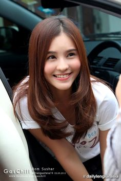 1000+ images about Aom sushar on Pinterest | Duplex house ...