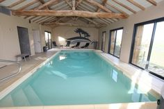 gite avec piscine intrieure prive vende piscine pinterest indoor pools indoor and swimming pools - Gite Avec Piscine Couverte Bretagne