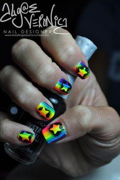Graffiti Stars on Rainbow Nails Crazy Nails, Love Nails, How To Do Nails, Pretty Nails, Rainbow Nails, Neon Nails, Diy Nails, Rainbow Star, Rainbow Colors