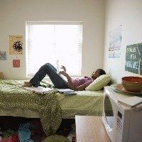 College Bedding, College Dorm Rooms, College Roommate, College Life, College Students, College Years, Roommates, Roommate Rules, College Snacks