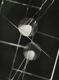 Untitled, photogram by László Moholy-Nagy, c.1928