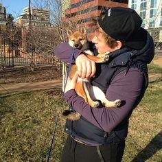 Vladimir Tarasenko of the St. Louis Blues and his dog. Athletes + animals = perfection.