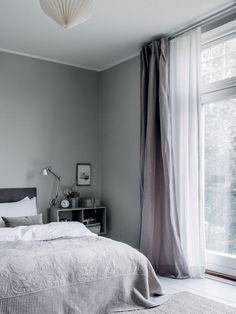 Photographed by Chris Tonnesen for Elle Decoration Denmark Danish interior stylist Cille Grut& home is a mix of different shades of gray and beige colours also known as Gray Bedroom, Trendy Bedroom, Bedroom Inspo, Home Bedroom, Bedroom Decor, Bedroom Romantic, Grey Curtains Bedroom, Bedroom Ideas, Bedroom Modern