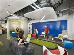 Cool office break rooms the playgrounds of the adults room ideas for girls Office Office, Office Break Room, Office Golf, Office Interior Design, Office Interiors, Contemporary Bedroom, Contemporary Design, Contemporary Wallpaper, Contemporary Garden