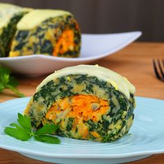Our delicious veggie Spinach Roll is the perfect lunchtime delight Vegetable Recipes, Vegetarian Recipes, Cooking Recipes, Healthy Recipes, Vegetable Drinks, Going Vegan, Healthy Snacks, Foodies, Food Porn