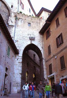 Perugia, scalette di S. Ercolano