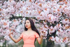 Miss Sakura: Spring Fashion photoshoot in Regent's park, London Cherry Blossom Pictures, Sakura Cherry Blossom, Female Character Inspiration, Spring Photography, Professional Portrait, Peach Blossoms, Beauty Photos, Girl Poses, Asian Beauty