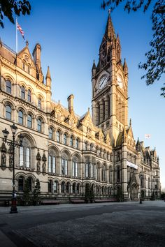 We've made a list of the best places for a UK city break, besides London. Manchester Town Hall, Manchester Travel, Manchester England, Europe Destinations, City Break, Best Cities, Luxury Travel, Travel Around The World, Viajes