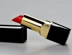 Companies that produce makeup and other personal care products rank in billions of dollars each year from consumers. They bust out new products all the time, and the United States government doesn't require any mandatory testing for these products before they hit shelves. Even if you're careful to avoid toxins in your food, drinks and …