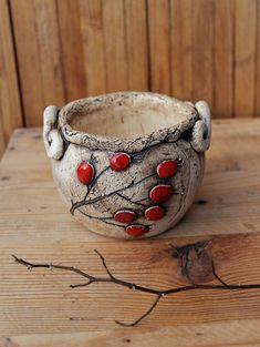 Pottery Pots, Slab Pottery, Ceramic Pottery, Pottery Painting Designs, Pottery Designs, Ceramic Pots, Ceramic Clay, Beginner Pottery, Pottery Handbuilding