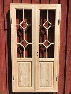 Spröjsad pardörr med romb