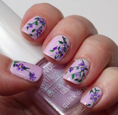 Marias Nail Art and Polish Blog: Flowers on icy lilac in the snow