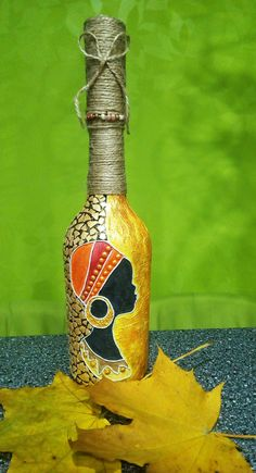 Glass Bottle Crafts, Wine Bottle Art, Painted Wine Bottles, Diy Bottle, Glass Painting Designs, Pottery Painting Designs, Tribal Pattern Art, Afrique Art, Bottle Painting