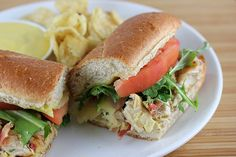 If you are looking to try a delicious and sweet chicken sandwich, this recipe is perfect for you. These honey mustard chicken subs are loaded with grilled Honey Mustard Recipes, Honey Mustard Sauce, Honey Recipes, Quick Recipes, Free Recipes, Chicken Subs, Chicken Sliders, Chicken Sandwich, Chicken Recipes