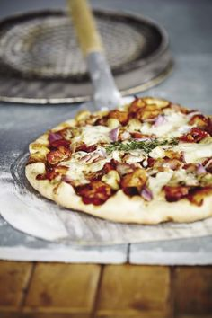 Quebec, Hawaiian Pizza, Mozzarella, Vegetable Pizza, Bacon, Bbq, Spaghetti, Pasta, Vegetables