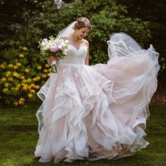 How much does a wedding gown cost? How much is the average wedding gown? Meantime wedding gown price do variant much, the normal bridal dress terms in USA is $1,000! It typical ranges from $200 to $1,700, but you can buying a wedding gown for far off above and under those figure. How much does […] The post Absolutely twirl-worthy appeared first on Wedding Dresses. Wedding Dress Hire, Rental Wedding Dresses, Sheath Wedding Gown, Elope Wedding, Bridal Dresses, Wedding Gowns, Flower Girl Dresses, Wedding Silhouette, Dress Silhouette