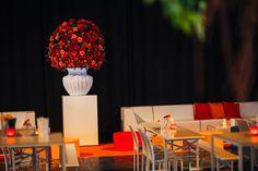Flowers Moulin Rouge Big Artikelnummer: 7040 Fake flowers - red orange- artificiële bloemen - rood oranje - rental - huren verhuur - events - evenementen - party - feest