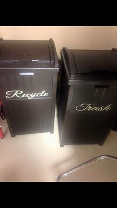 Lovely trash and recycle bins