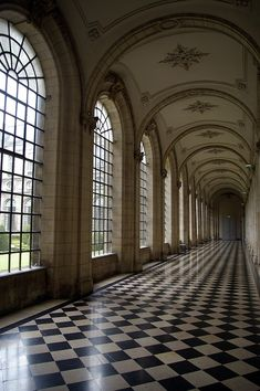 ~Chateau of Versailles- LOVE the floors Beautiful Architecture, Art And Architecture, Versailles, Slytherin Aesthetic, New Wall, Belle Photo, Aesthetic Pictures, Future House, Light In The Dark