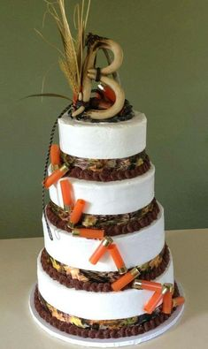 Take a look at 14 best redneck wedding cakes in the photos below and get ideas for your wedding! Redneck Wedding Cakes, Country Wedding Cakes, Themed Wedding Cakes, Wedding Cake Toppers, Country Weddings, Wedding Sweets, Vintage Weddings, Wedding Rustic, Lace Weddings