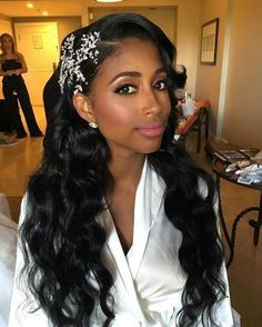 Black Hairstyles Wedding Women Wedding Hairstyles For Black Women Loose Wave. - frisuren - Wedding Hairstyles For Black Women Loose Wave… Wedding Hairstyles For Black Women Loose Waves Snowflake Curly Hair Styles, Natural Hair Styles, African American Weddings, Wedding Hairstyles For Long Hair, African Wedding Hairstyles, Long Curly Wedding Hair, Black Bridesmaids Hairstyles, Wedding Hairdos, Hairstyle Wedding
