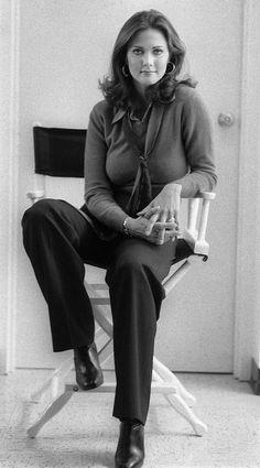 Lynda Carter, the most successful of actors who have worn the spangled suit Lynda Carter, Miss World, Dc Comics Tv Series, Vera Ellen, Wonder Woman Comic, Wonder Women, Gal Gadot, Famous Women, American Actress