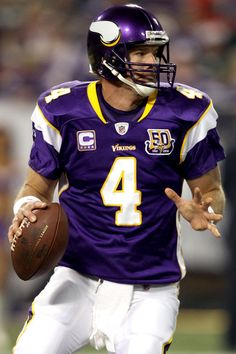 50ffe0892 Brett Favre 2009 Vikings 40 years old had his best statistically season as  a 4 year · Minnesota Vikings FootballNfl ...