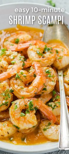 The best Shrimp Scampi Recipe! Succulent shrimp in the most delicious garlic butter and wine sauce drizzled with freshly squeezed lemon juice. The dish is prepared in 10 minutes from start to finish with impressive results. Best Shrimp Scampi Recipe, Garlic Shrimp Scampi, Best Shrimp Recipes, Garlic Butter Shrimp, Fish Recipes, Seafood Recipes, Chicken Scampi Recipe, Healthy Shrimp Scampi, Buttered Shrimp Recipe