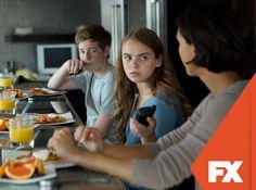 A família de Brody é transferida para uma casa segura da CIA.  Homeland - Domingos às 23h  #HomelandBRConfira conteúdo exclusivo no www.foxplay.com