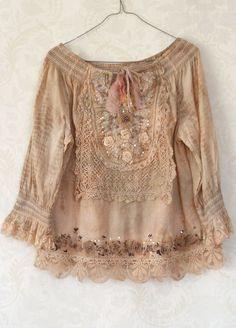 921a95526c5086 romantic bohemian altered blouse with antique and vintage lace and beading  Moda Plus Size