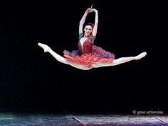 """Bolshoi Ballet Awesome """"Grand Jette"""""""