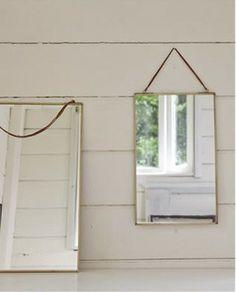 Espejo de pared en latón 35x50 - Deco & Living