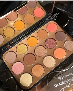 BH Cosmetics launched these beautiful new eyeshadow palettes! Look at these awesome shades! you can create so many great looks at these are pretty cheap too! Very affordable.