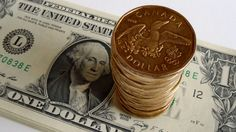 What happens to loonie after Bank of Canada hikes rates?