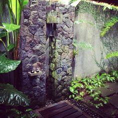 Kayumanis Ubud outdoor shower  picture courtesy @jocelynchua65