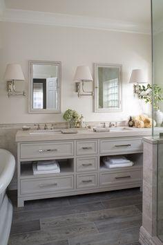 Gorgeous bathroom Beige Bathroom, Master Bathroom, Cream Bathroom, Vanity Bathroom, Modern Bathroom, Modern House Design, Modern Interior Design, Grey Bathrooms Designs, Grey Countertops