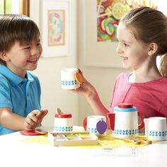Melissa & Doug Steep and Serve Wooden Tea Set - Play Food and Kitchen Accessories How To Make Drinks, How To Make Tea, Baby Girl Toys, Toys For Girls, Pretend Kitchen, Pretend Food, Play Food, Tag Store, Tea Varieties
