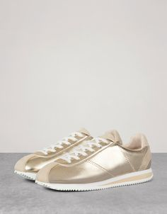 Bershka Turkey - Metallic fashion sneakers