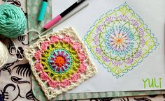It is a website for handmade creations,with free patterns for croshet and knitting , in many techniques & designs. Point Granny Au Crochet, Granny Square Crochet Pattern, Crochet Diagram, Crochet Chart, Crochet Squares, Crochet Stitches, Knit Crochet, Granny Squares, Mandala Au Crochet