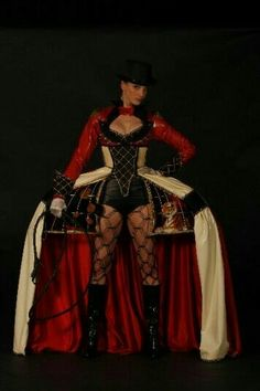 The Ring Mistress, Richelle Dynae Rudeen, UK Steampunk Circus, Steampunk Costume, Steampunk Fashion, Halloween Circus, Halloween Costumes, Creepy Circus, Vintage Circus Costume, World Of Wearable Art, Fancy Dress