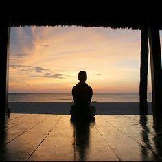 Deja ir el pasado. Lo que te ocurrió no define quien eres, y mucho menos define lo que estás destinado a ser. #Felicidad #instagood #happiness #Happy #life