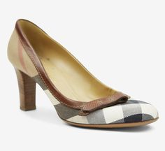 Burberry Cream, Black And Brown Pumps//
