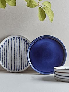Blue Dinnerware, Side Plates, Color Of The Year, Food Gifts, Stripes Design, Kitchen Accessories, Dinner Plates, Glaze, Artisan