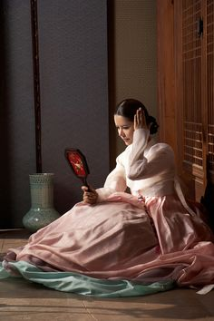 'Janghwahongryeon's josuhyeon, night sulryeo best hanbok designer to authenticate beauty: Naver News - photo