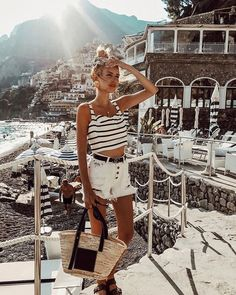 Leonie Hanne - Let's go to the beach. Travel Outfit Summer, Summer Dress Outfits, Travel Outfits, Ohh Couture, Leonie Hanne, Italy Outfits, Italy Fashion, Europe Fashion, Women's Fashion